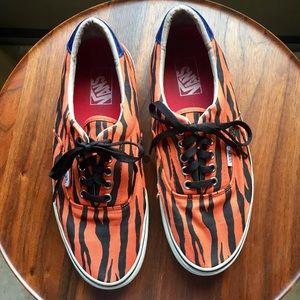 566613d2689a06 Supreme Shoes - Vans Supreme Era Style 46 Zebra Orange